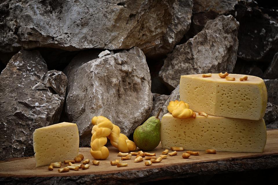 גבינות עמק חפר