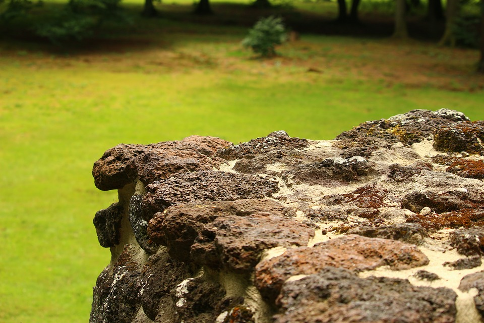 חורבת בורגתה שרידי מצודה צלבנית.